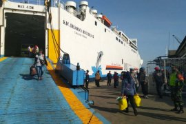 181 TKI dari Malaysia tiba di Pelabuhan Tanjung Emas Semarang