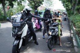 Langgar PSBB, 18 warga Kota Bogor diberi sanksi sosial bersihkan sampah