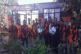 Pemuda Pancasila Stabat berikan bantuan kepada korban kebakaran