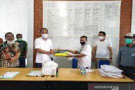 Satgas bencana BUMN Sumut bantu APD tangani COVID-19 di Humbahas
