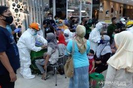 Cegah penularan COVID-19, pusat perbelanjaan di Situbondo ditutup sementara