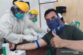 Ratusan warga di Pemali ikut rapid test COVID-19