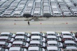 Pasar mobil di Indonesia anjlok 90,6 persen pada April
