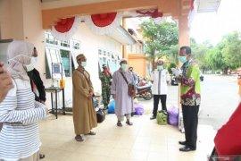 Four Tanah Laut's COVID-19 patients recover