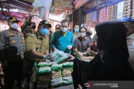 Mendag Agus Suparmanto sidak pasar di Kota Tangerang