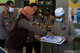 Bantuan sosial tunai dana desa