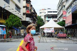 Tiga WNI  lari usai tes COVID-19 di Malaysia menyerahkan diri