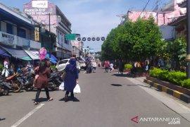 PSBB parsial di Cianjur, operasional pertokoan-pusat perbelanjaan empat jam
