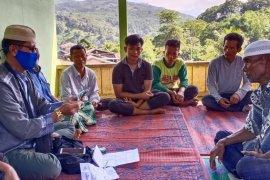 Forum Dakwah Perbatasan salurkan zakat kepada seratusan fakir miskin di Aceh