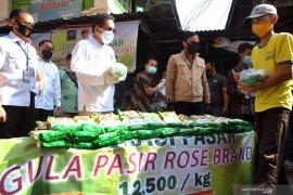 Mendag minta masyarakat  lapor jika harga gula pasir sangat tinggi