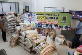 PKS Depok salurkan 5 ton beras untuk warga terdampak COVID-19