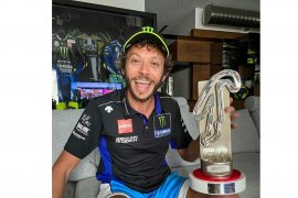 Berkat Quartararo, Rossi merayakan podium Grand Prix Virtual di Misano
