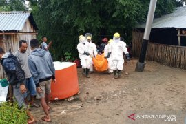 Tiga warga ditemukan meninggal dalam sumur