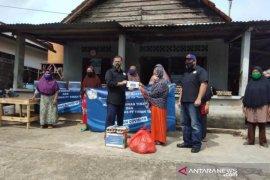 PT Timah salurkan 5.000 sembako bantu masyarakat sambut Lebaran