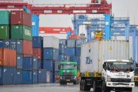 Mantan Menteri BUMN Dahlan Iskan sarankan pemerintah prioritaskan bantuan bagi eksportir