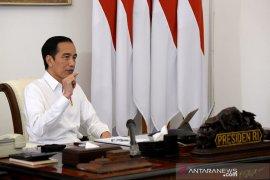 Presiden menegaskan pemerintah tak larang warga ibadah selama pandemi
