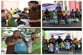 IPS Sibolga bagikan sembako dan santuni anak yatim