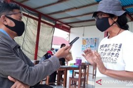 Tim medis Kepulauan Tanimbar obati warga karantina alami gangguan pencernaan