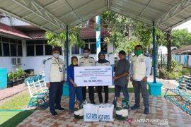 PLN Padangsidimpuan salurkan bantuan kepada masyarakat