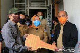 Wali Kota Pangkalpinang resmikan media center khusus wartawan