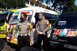 Polres Madiun amankan dua unit kendaraan angkut pemudik