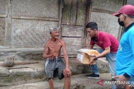 ACT dan BI Bali salurkan bantuan untuk lansia di Bangli