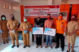 9.175 warga Kota Ambon terima Bantuan Sosial Tunai