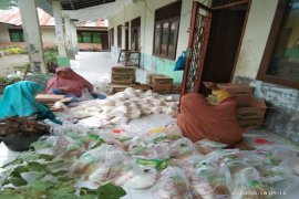 Muhammadiyah Pantai Cermin Tanjung Pura Langkat gelar pasar murah