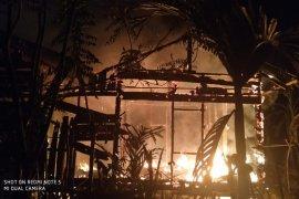 Rumah berkontruksi kayu hangus terbakar di Aceh Jaya