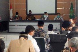 Pemkab Majalengka izinkan Shalat Jumat dan Idul Fitri di masjid