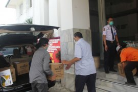 PTPN VIII salurkan bantuan teh premium ke rumah sakit di Jabar dan Banten
