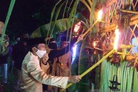 "Kabupaten Gorontalo lakukan tradisi ""tumbilotohe"" secara sederhana"