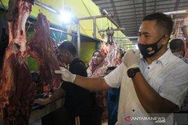 Info Lebaran -  Polda Jambi sidak harga daging ke pasar tradisional