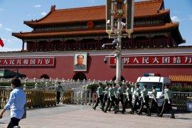 Melanggar aturan efisiensi, 16.731 pejabat China dihukum