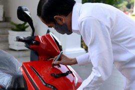 Motor listrik Presiden terjual Rp2,5 miliar