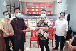 Yayasan Sahati dan Indonesia Seia bantu warga tak terdaftar terima bantuan pemerintah