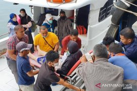 Cepat tanggap wali kota Sabang membantu warga sakit