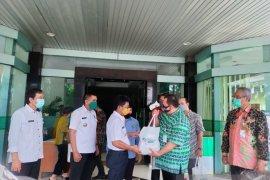 BPJAMSOSTEK donasi 4 ton beras dan 1.000 sembako bagi warga Tangerang