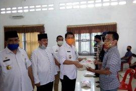 5.614 tenaga honorer Langkat terima bantuan 10 kilogram beras dari Korpri