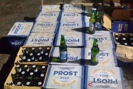 Polisi amankan minuman keras yang akan dijual jelang Lebaran di Garut