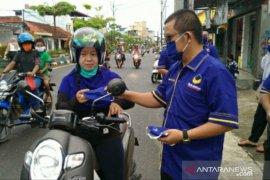 DPD Nasdem Bangka Selatan bagikan 1.000 masker