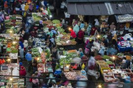 Kisah warga Bandung rela berdesakan di pasar jelang Lebaran