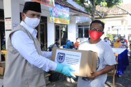 Pemkot Madiun salurkan bantuan bagi 43.000 warga terdampak wabah corona