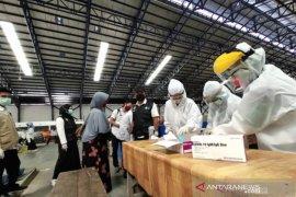 Gugus Tugas Hulu Sungai Tengah lakukan rapid test massal di Pasar Barabai