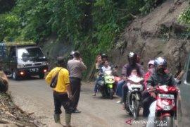 Jalur utama Selatan Cianjur sudah bisa dilalui normal