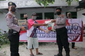 Alumni Akpol 2001 berbagi rezeki di Simalungun