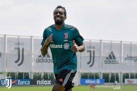 Juventus konfirmasi segenap skuatnya bebas dari COVID-19