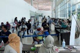 Ada empat kali penerbangan sehari di Bandara Syamsudin Noor jelang Lebaran