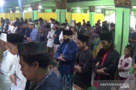 Jamaah Salafiyah di Magetan  Shalat Idul Fitri hari ini