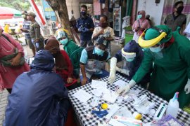 Seorang tenaga kesehatan di Banyuwangi terkonfirmasi positif corona